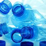 Khử mùi hôi chai nhựa bằng giấm và giấy báo – CÔNG TY VỆ SINH HÀ NỘI